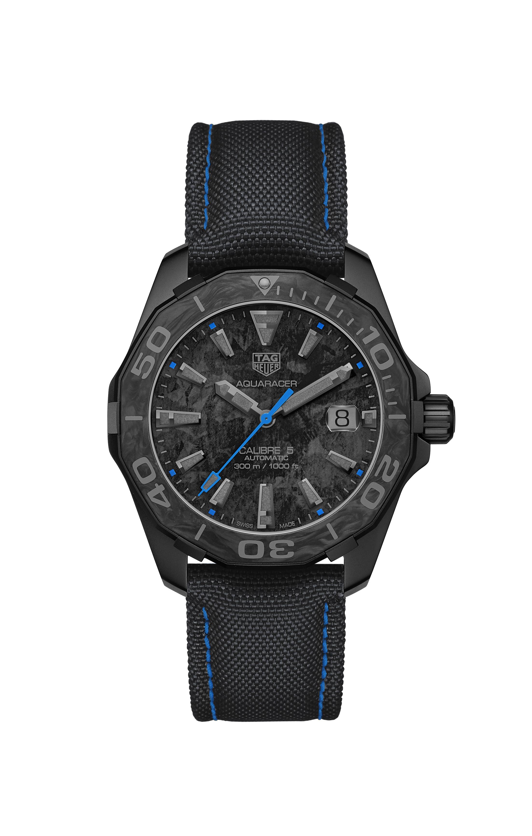 Az órák forgalmazása kizárólag TAG Heuer butikokban és online a  www.tagheuer.com oldalon történik ec2ff588d4