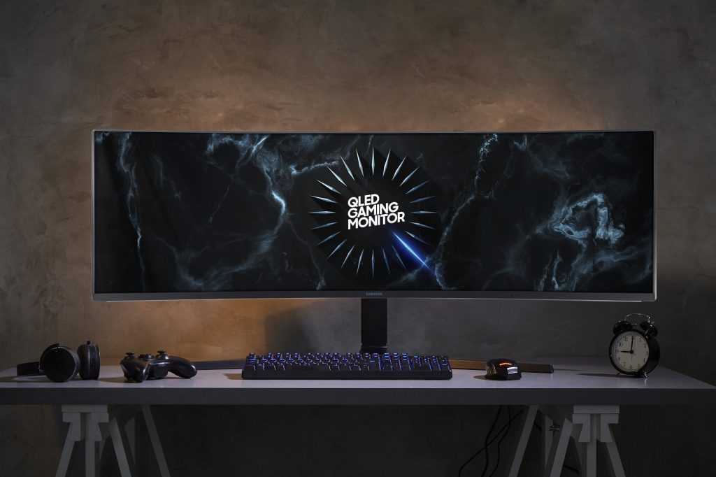 samsung-crg9-super-ultra-wide-gaming-monitor-1