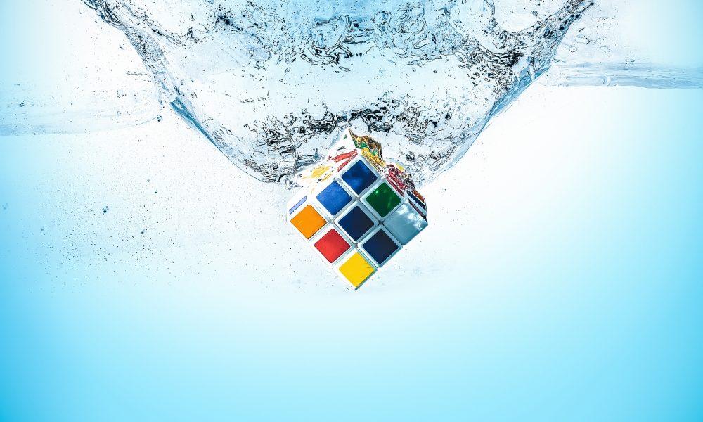 rubik-cube-water-water-splash-others-4449-resized