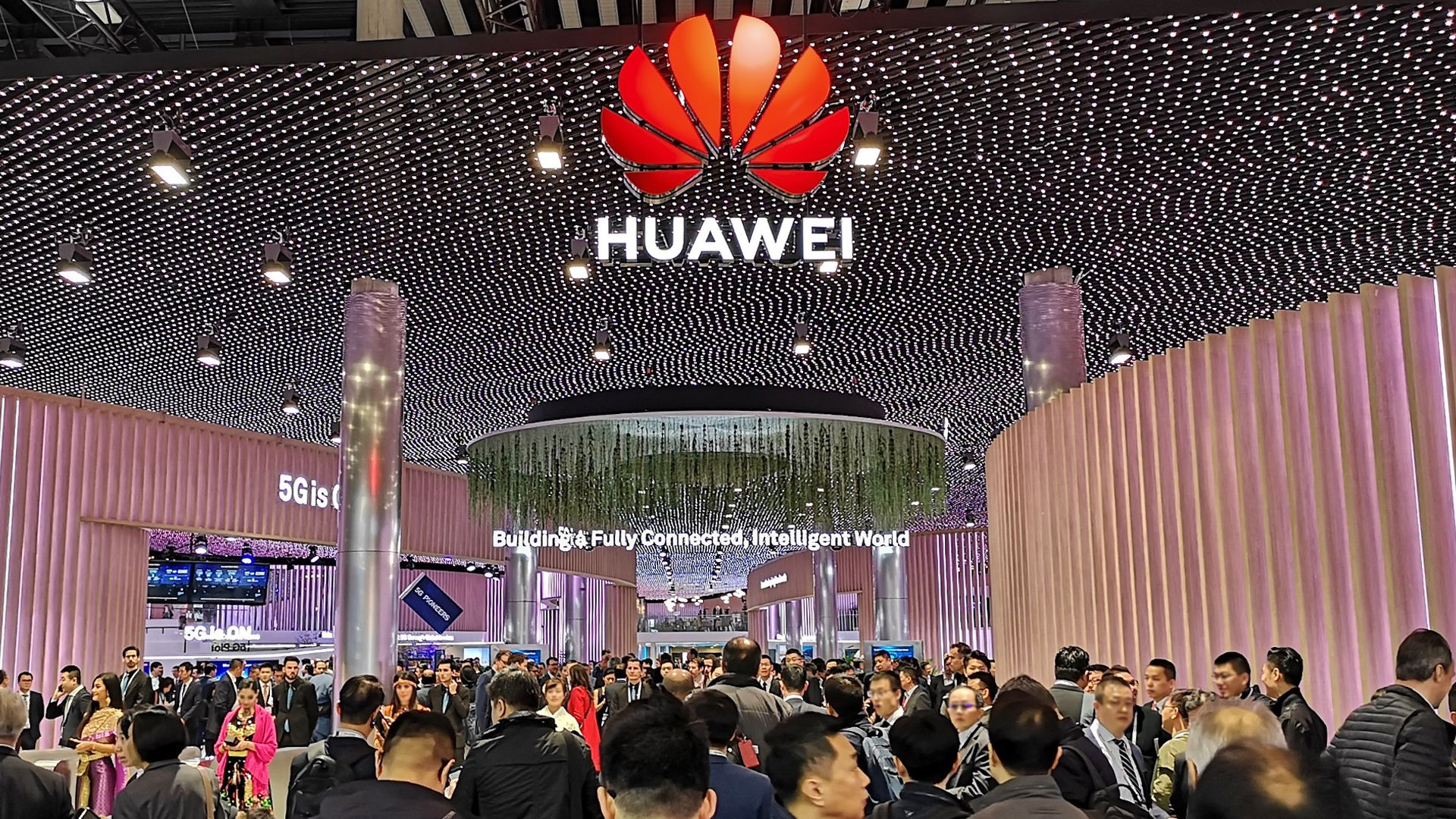 huawei-booth-at-hall-1-mwc2019