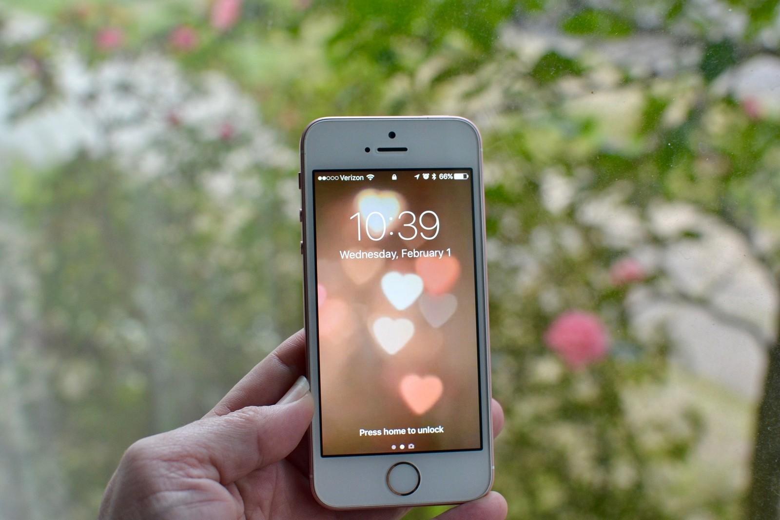 valentines-day-iphone-hero