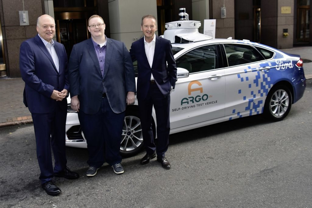 F.l.t.r.: Volkswagen CEO Dr. Herbert Diess, Argo AI CEO Bryan Salesky and Ford President and CEO Jim Hackett.