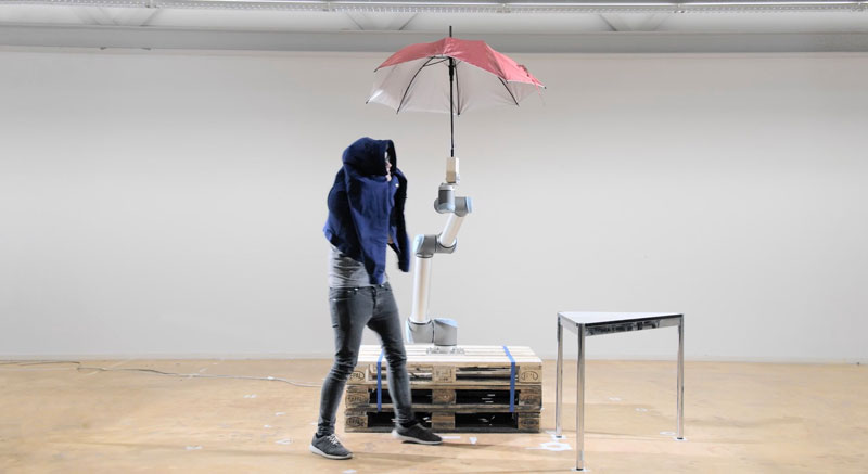3_cobot-companion-to-hold-your-umbrella