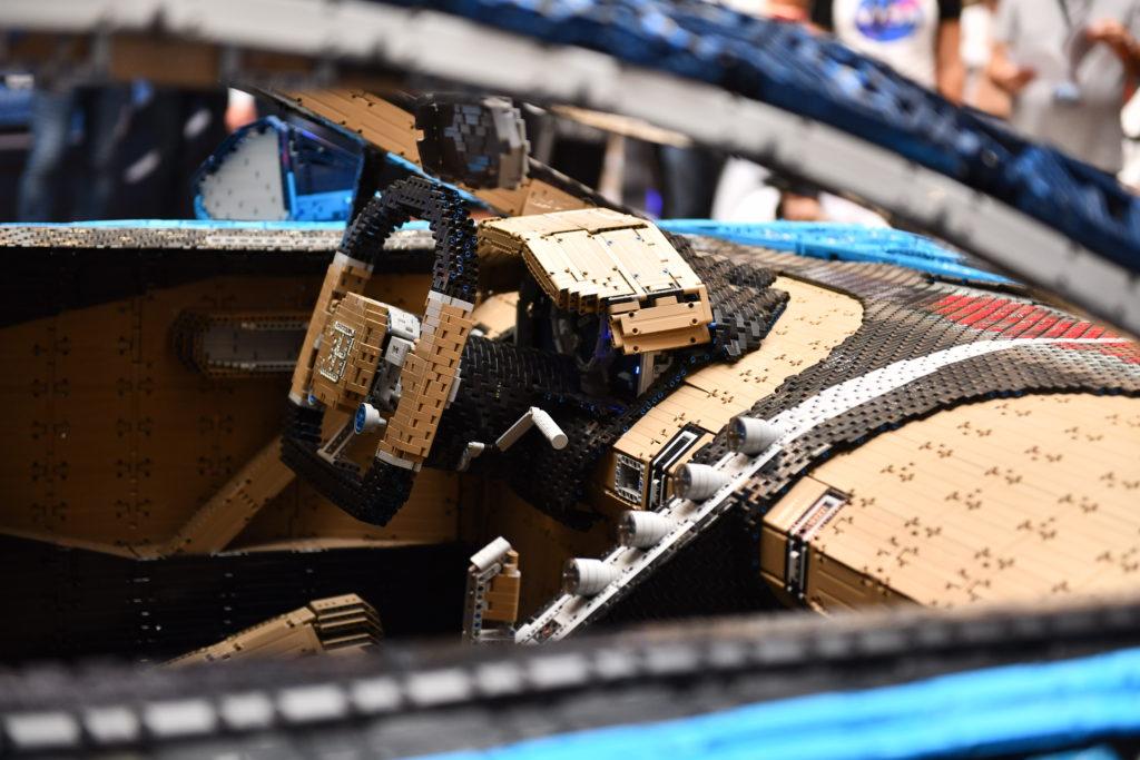 LEGO Technic Bugatti Chiron_belso