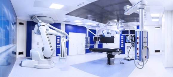 hibrid műtő Szeged Siemens robotkar